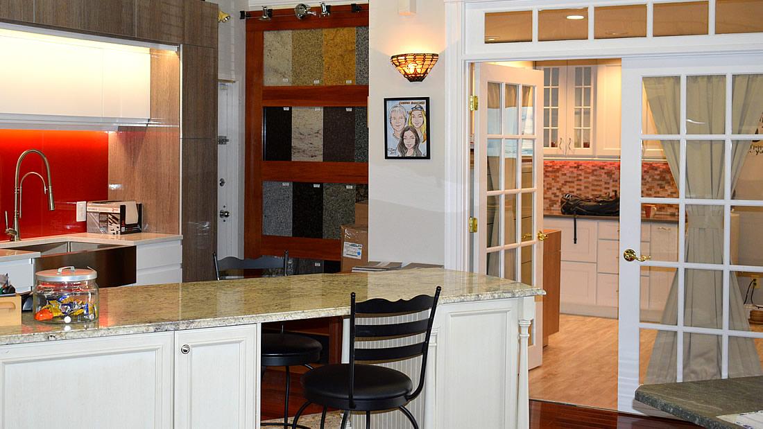 Boston cabinets south boston kitchen design showroom for Kitchen design showrooms boston